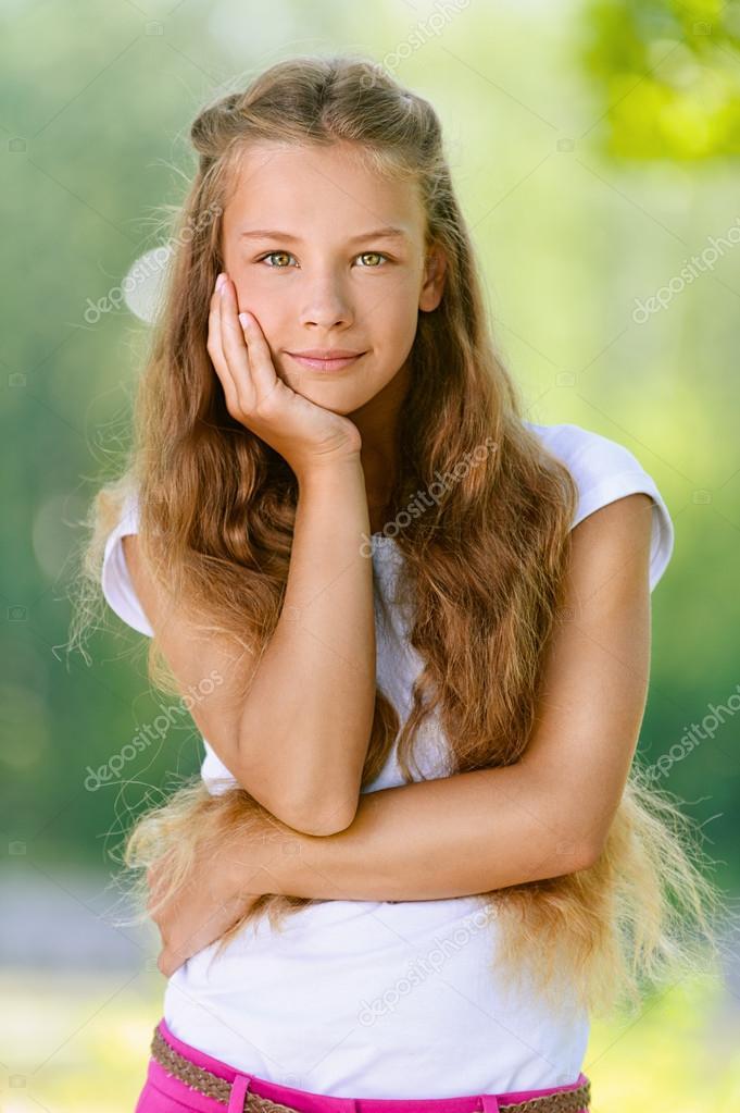 Saqueo en hermosa adolescente