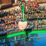 Locks on railing of bridge — Stock Photo #50083935