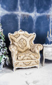 Ancient chair in a Christmas interior — Zdjęcie stockowe