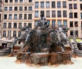 """Batholdi fountain """"La Garonne et ses affluents"""" at Place des Terreaux in Lyon — Stock Photo"""