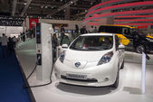Nissan LEAF electrical car — Stockfoto