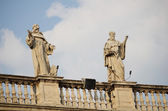 The Vatican Bernini's colonnade in Rome — Stock Photo
