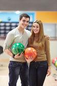 Pár v bowlingu — Stock fotografie