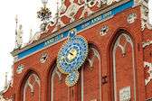 Clock on House of the Blackheads in Riga — Stock Photo