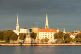 Riga Castle and the Daugava river — Stock Photo