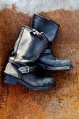 Oude vintage lederen laarzen — Stockfoto
