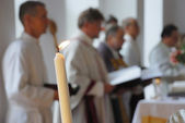 Close-up of candle, prayer service in Lutheran church — Stock Photo