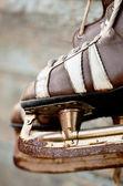 Vintage pair of mens ice skates — Stock Photo