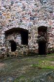Stenmur av ett medeltida slott — Stockfoto