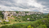 Mountains, sky and green fields in the Crimea — Zdjęcie stockowe