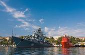 The military ship in naval bay of Sevastopol — Stock Photo
