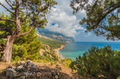 Beach between rocks and sea. Black Sea, Ukraine. — Stock Photo