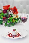 Panacotta dessert with ripe raspberries, — Stock Photo