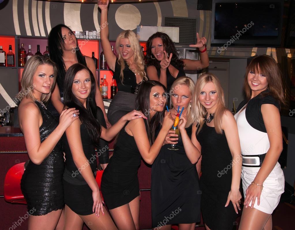 Фото девушек в клубах 18 фотография
