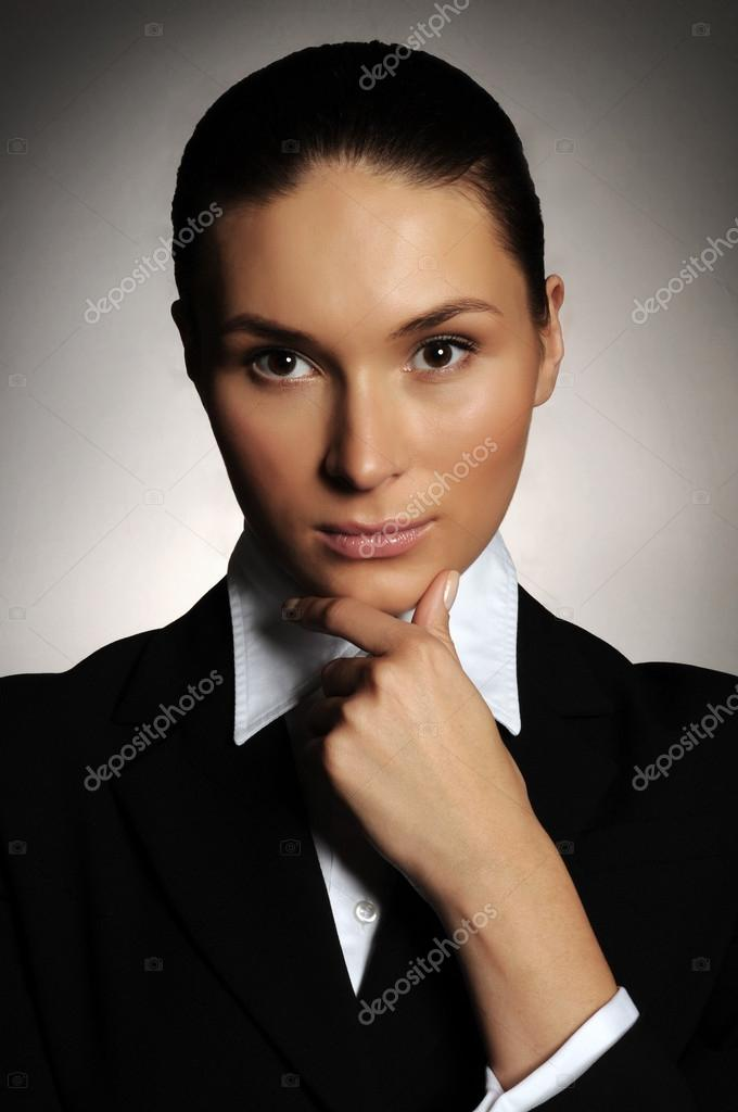 Portrait of serious business woman   Stock Photo #14054256