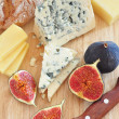 Cheese and figs — Foto de Stock