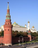 Kremlin tower, quay and river — Stock Photo