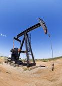 Ölquelle pumper. — Stockfoto