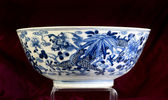 Antique Chinese Blue and White Bowl. — Stock Photo