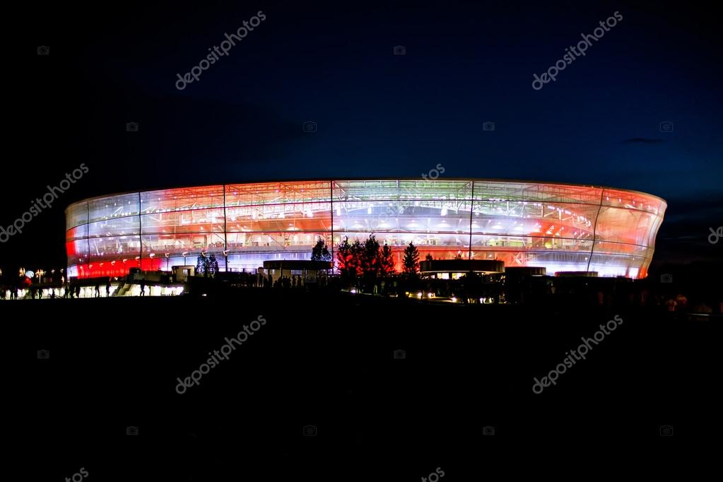 WROCLAW - SEPTEMBER 11: Stadion Miejski in Wroclaw at night on September 11, 2012 in Wroclaw, Poland — Stock Photo #12841214