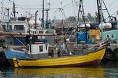 Rybářský člun přístav v wladyslawowě, polsko — Stock fotografie