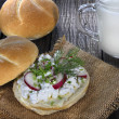 Sandwich with cottage cheese and radish — Stock Photo