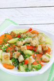 Diet vegetable soup with croutons — Stock Photo