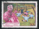 Doktor maria montessori och barn — Stockfoto