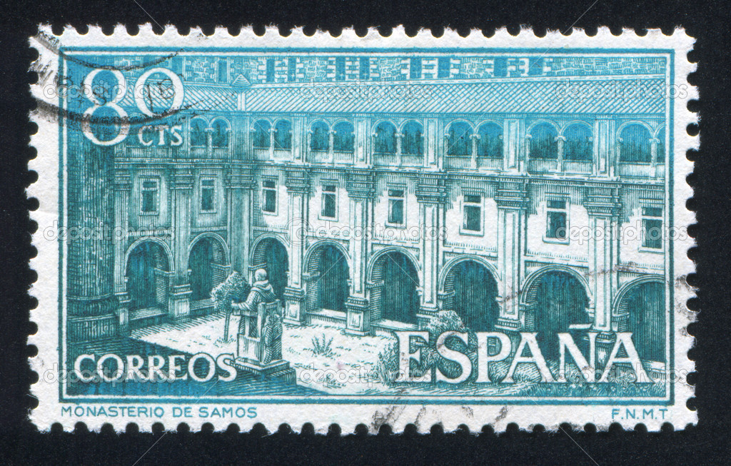 SPAIN - CIRCA 1960: stamp printed by Spain, shows Courtyard of Samos Monastery, circa 1960 — Stock Photo #18456159