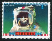 Moon scene reflected in astronauts helmet — Foto Stock