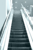 Empty escalator stairs — Stockfoto