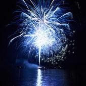 Fuochi d'artificio blu — Foto Stock