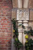 Fachada de estilo art nouveau en el casco antiguo de tbilisi, área restaurada — Foto de Stock