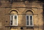 Secesyjny zdobione okna — Zdjęcie stockowe