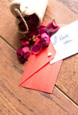 Love notes and envelope — Photo