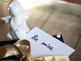 Present and note — Stock Photo