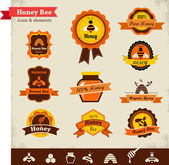 Honey bee vector label set — Stock Vector