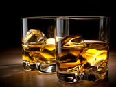 Two glasses of whiskey — Stock Photo