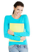 Donna felice studente con notebook — Foto Stock