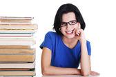 Mujer joven estudiante con libros — Foto de Stock