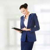 Mulher de negócios atraente feliz — Foto Stock