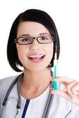 Лікаря або медсестру з шприц — Foto de Stock