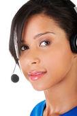 Assistente de telemarketing sorrindo — Fotografia Stock