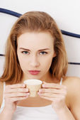 Mulher beber café — Foto Stock