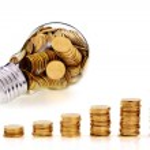 Traditional glass bulb and energy savings — Stock Photo #8307159