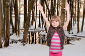 Karda kız — Stok fotoğraf