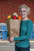 Woman Grocery Shopping — Stock Photo