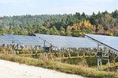 Alternative energie photovoltaik solarmodule — Stockfoto