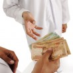 Arabic , islamic zakat or sadaka, adult giving money to child — Stock Photo