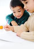 学習プロセス、かわいい子供たち — ストック写真